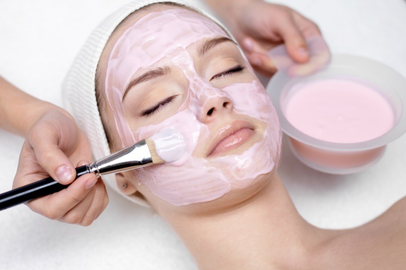 Top Benefits of a Face Mask — What does it really do anyways?